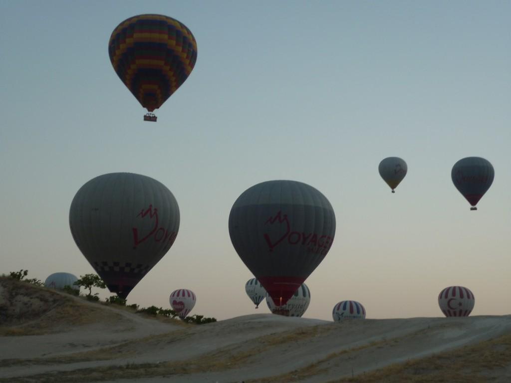 a balloons 2