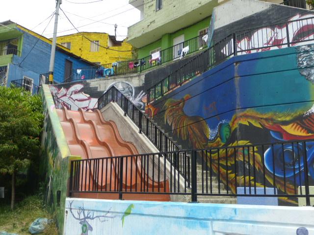 Colombia Escaleras El Ctricas Scarlet Jones Travels